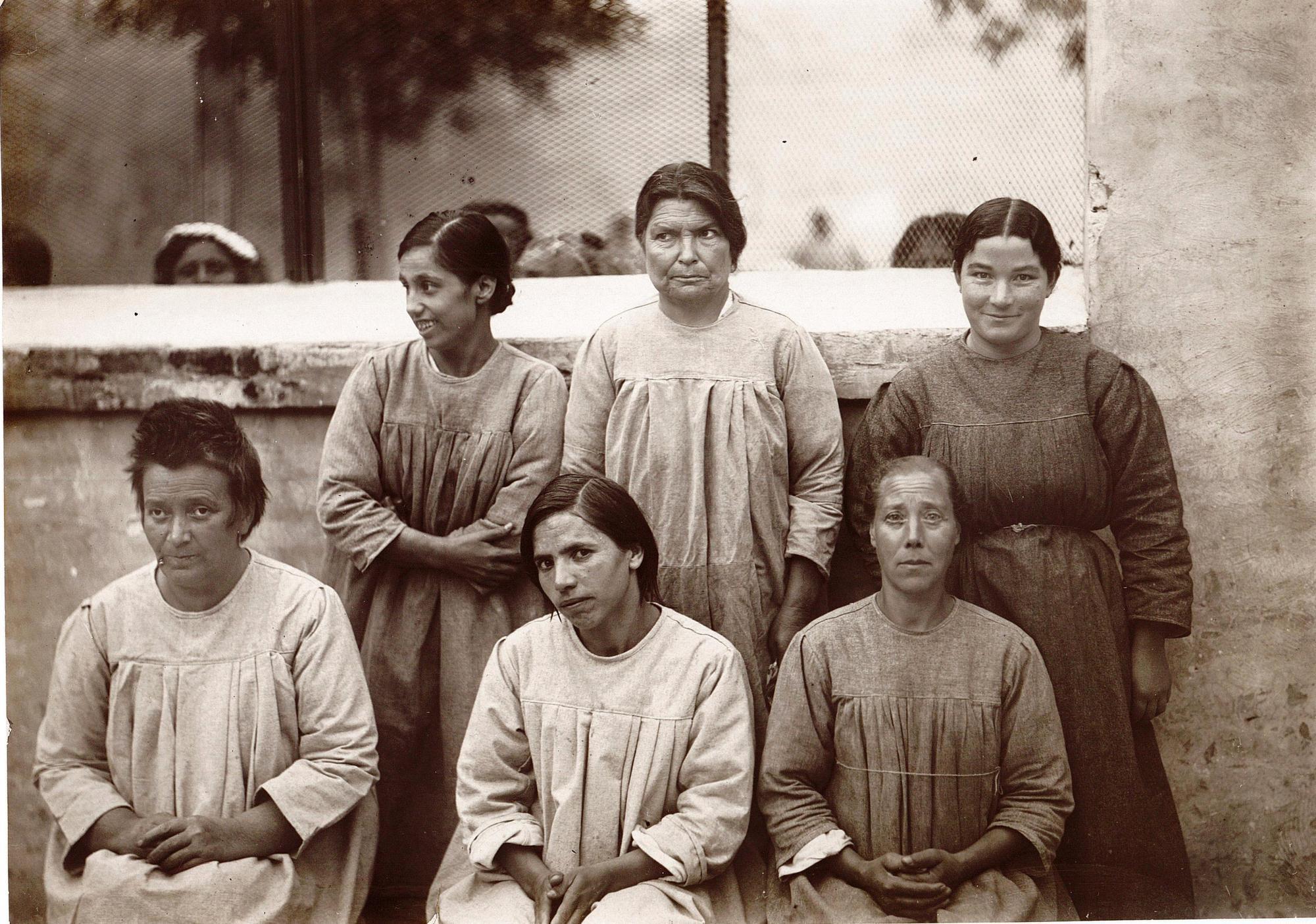 I fiori del male. Donne in manicomio nel regime fascista _foto_archivio