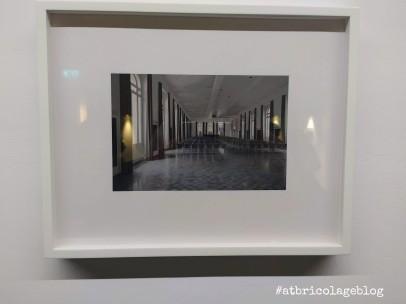 Andrew Grassie - Le realtà ordinarie a cura di Davide Ferri, Palazzo De' Toschi - Salone della Banca di Bologna (BO) - ph. Amalia Temperini