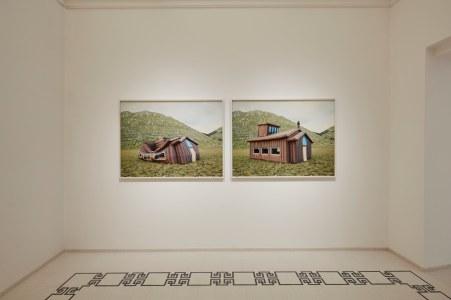 07 Palazzo Ardinghelli, allestimento Punto di equilibrio Sala con opere: Stefano Cerio, Aquila, 2020 foto Agostino Osio – AltoPiano, courtesy Fondazione MAXXI