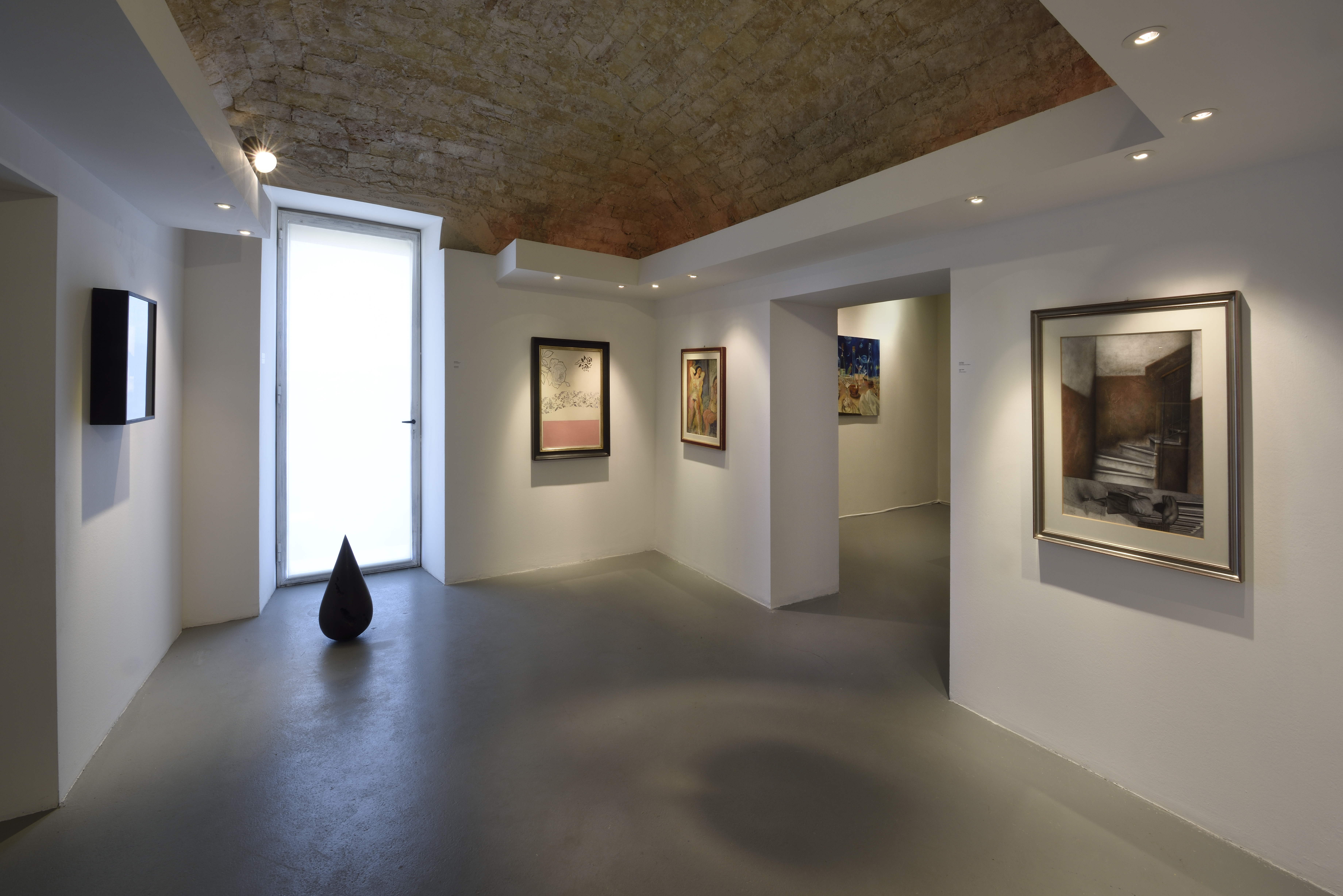 Veduta della mostra Paso Doble - dialoghi sul possibile, Fondazione Malvina Menegaz, Castelbasso (TE) - ph. Gino Di Paolo